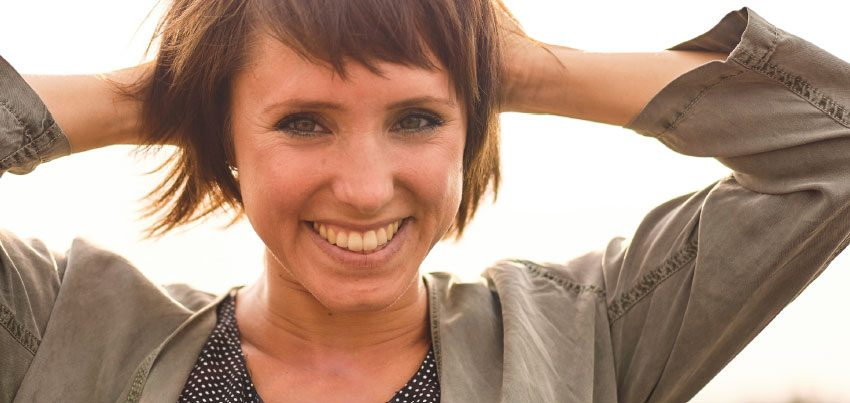 Deutschlands Glücksministerin – Gina Schöler im Interview
