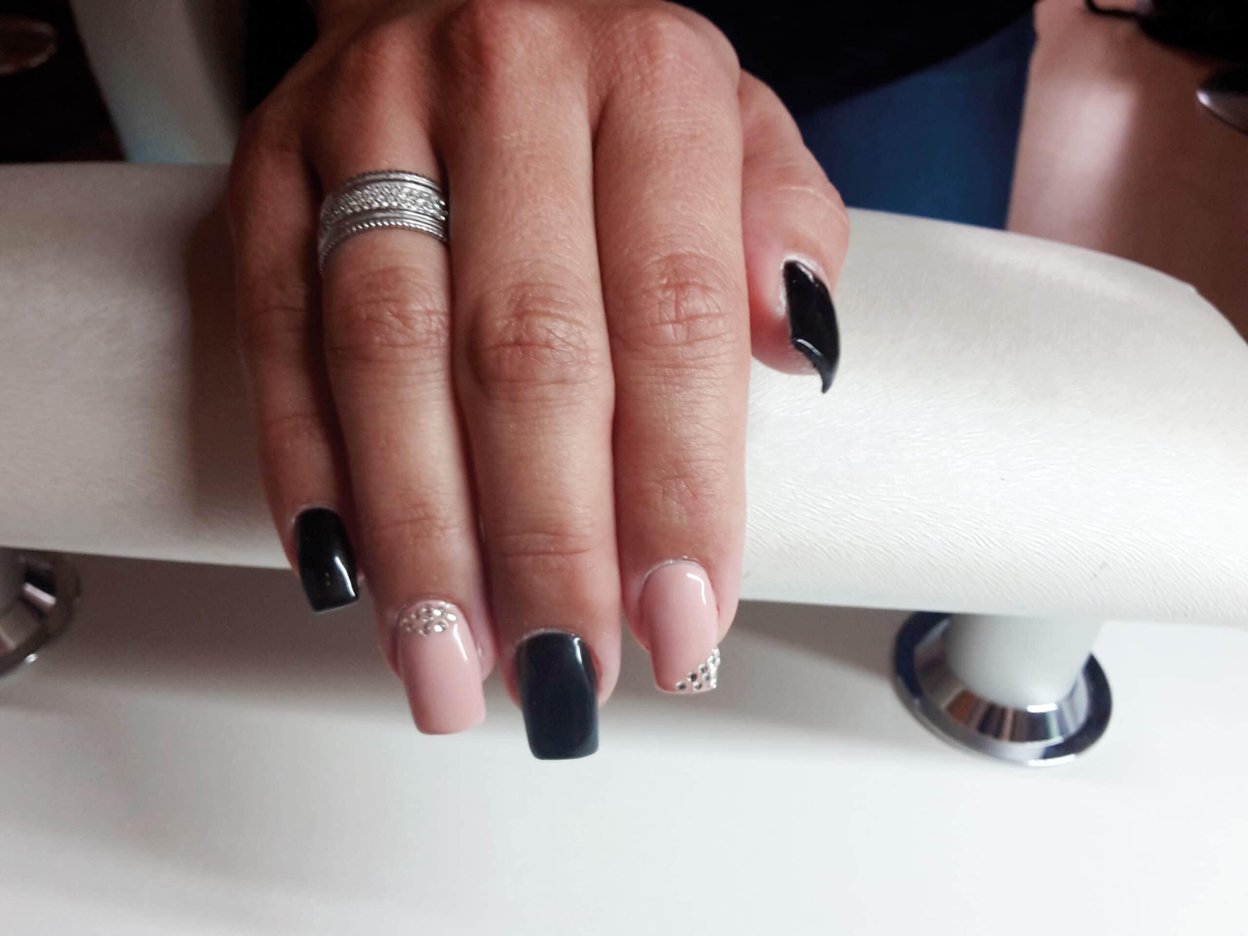 Sommerlich schön mit Glamour Nails - Impuls Lifestyle