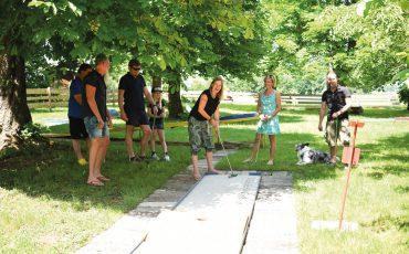 Minigolf –  Freizeitspaß für die ganze Familie